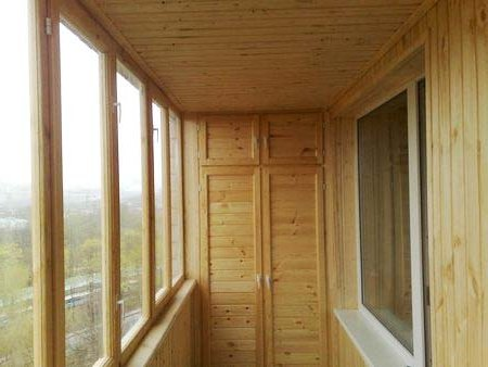 Балкон своими руками фото дерева